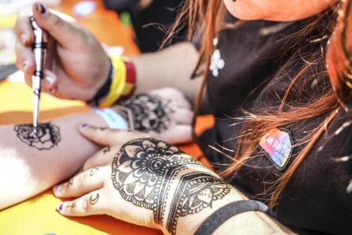 Zamhoidn Workshops: Kreativwerkstatt mit Henna Tattoos